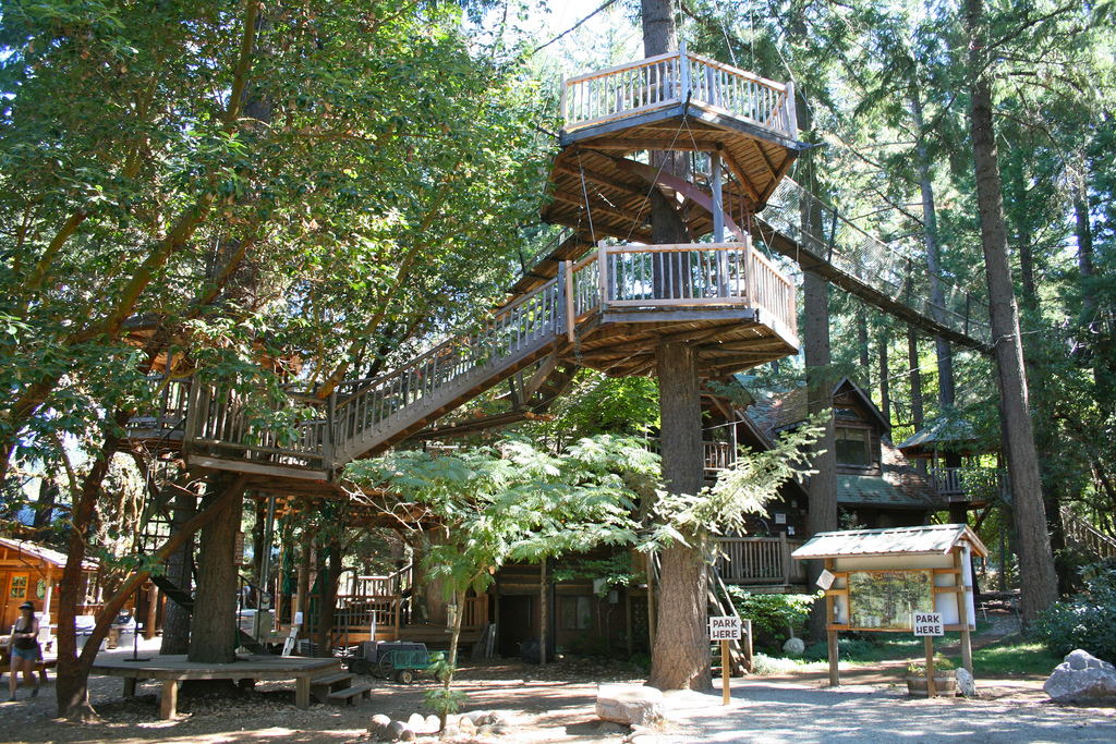 Treehouse Hotel In Oregon Part - 24: Brit + Co